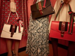 还在烦恼要购入什么新包吗 春夏最新精选包款让你走在时髦前线
