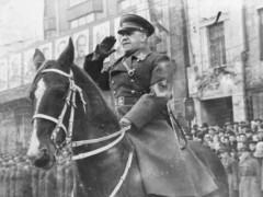 三败曼施坦因的苏联第一大将 没战死沙场却死在乌克兰人枪下